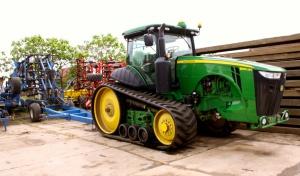 Gospodarstwo Agross ma nowoczesny park maszynowy