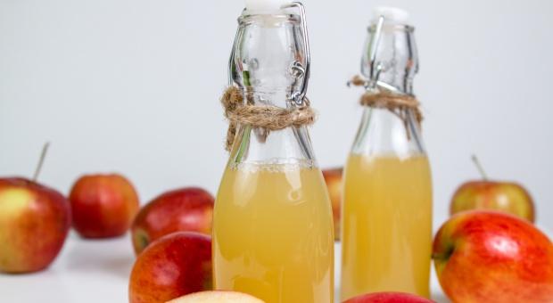 Wyższy VAT na napoje owocowe uderzy w sadowników i konsumentów
