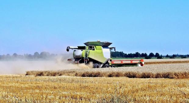 Ukraina zwiększyła import i produkcję maszyn rolniczych