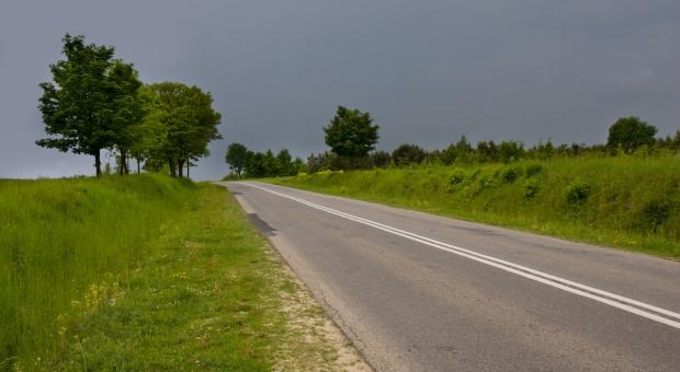 Ponad 95 mln zł dostaną w 2017 r. mazowieckie samorządy na przebudowę dróg
