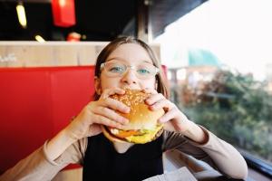 Burger może nie być tylko z mięsa - zdecydował Parlament Europejski