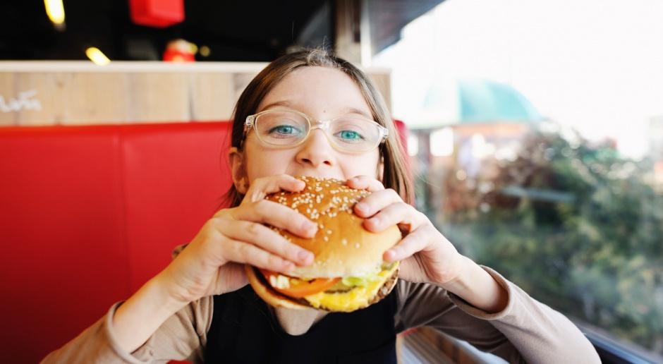 GIS wycofuje partie hamburgerów ze względu na wykryte bakterie