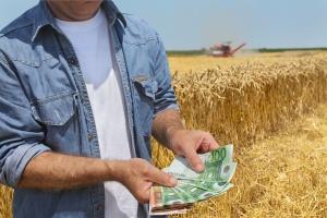 We wtorek rząd o autopoprawce do budżetu na 2016 r. dot. zaliczek dla rolników