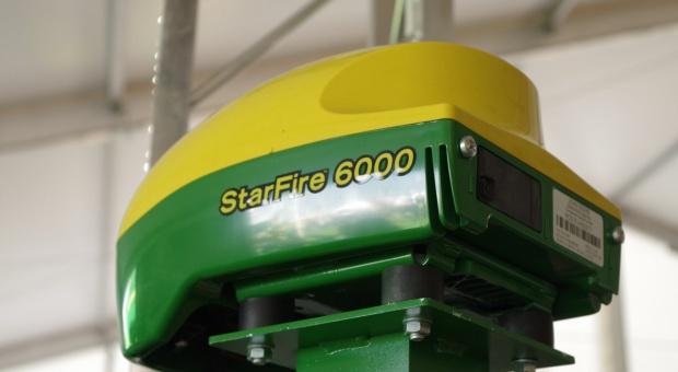 Nowy odbiornik John Deere StarFire 6000
