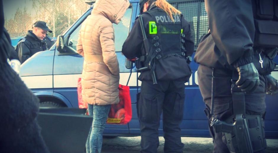 200 policjantów weszło do ubojni w Kutnie. Gang wyłudził 35 mln zł VAT