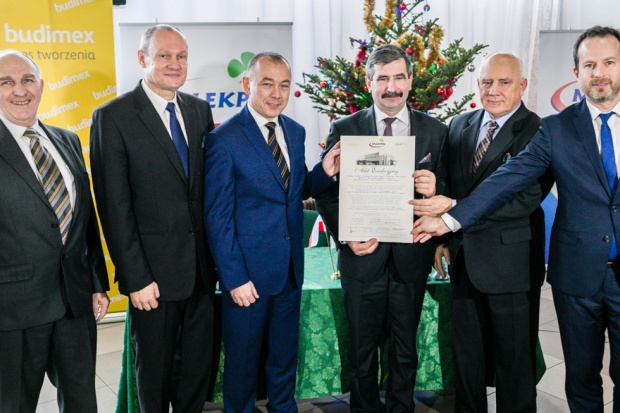 50 mln EUR kredytu z EBI na budowę zakładu Mlekpolu w Mrągowie