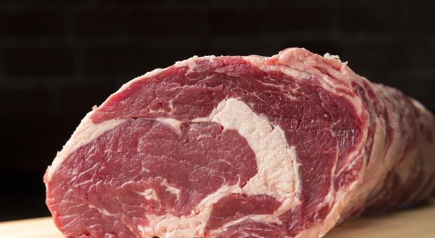 Spór o wołowinę. USA zagroziły przywróceniem ceł na niektóre produkty UE