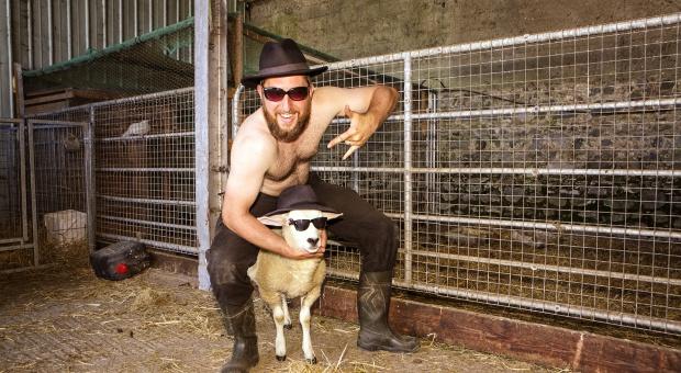 Irlandzcy rolnicy zaprezentowali swój kalendarz