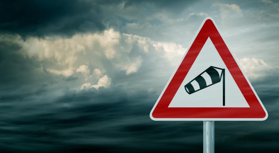 W czwartek przelotne opady i silny wiatr - nad morzem do 85 km/h