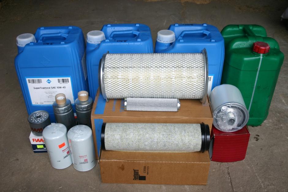 Wymiana oleju i filtrów skrzyni biegów jest najbardziej kosztownym elementem standardowej obsługi, ale też bardzo ważnym