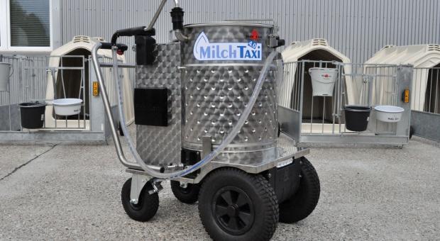 Taksówka mleczna usprawni pojenie cieląt