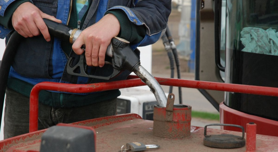 Projekt dot. zwrotu akcyzy dla rolników: 1 zł za litr wykorzystanego oleju napędowego