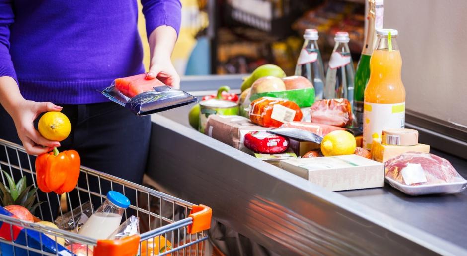 Eksperci: Ceny transportu i żywności napędziły grudniową inflację