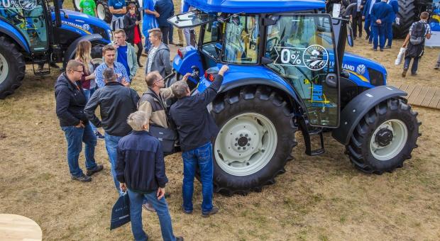New Holland liderem w sprzedaży ciągników w 2016 r.
