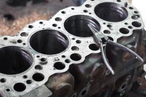 Remont kapitalny silnika - gdzie i za ile?
