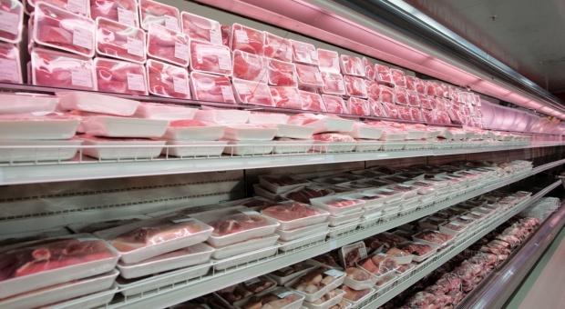 UOKiK: Nieprawidłowości w ponad połowie placówek sprzedających mięso