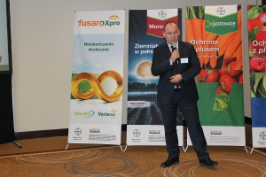 Prezentacja środków do ochrony upraw ogrodniczych- dr Mirosław Korzenowski Fot. J.Groszyk