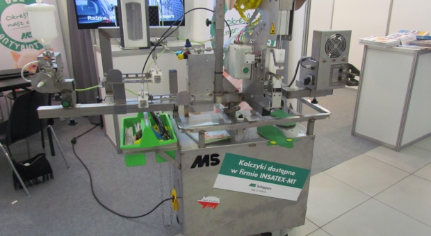 Wózek wielofunkcyjny usprawni prace na porodówce