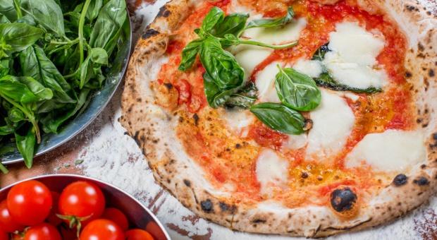 Włoscy rolnicy w obronie oryginalnej pizzy