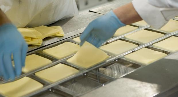 Spadają ceny przetworów mlecznych na GDT