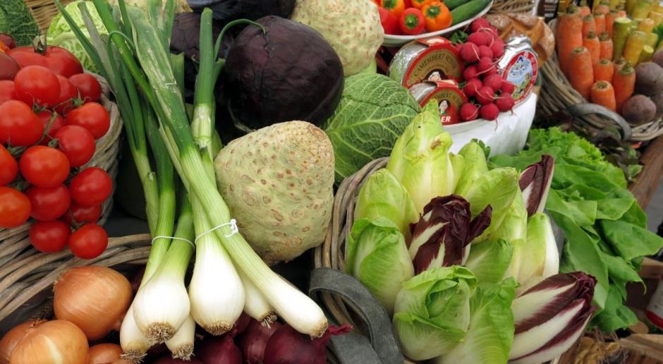 Bronisze: Ocieplenie spowodowało spadek cen warzyw i owoców