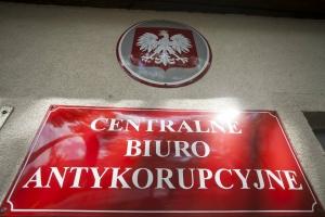 CBA zatrzymało pracownika ARiMR ws. wyłudzania prawie 2,4 mln zł dopłat
