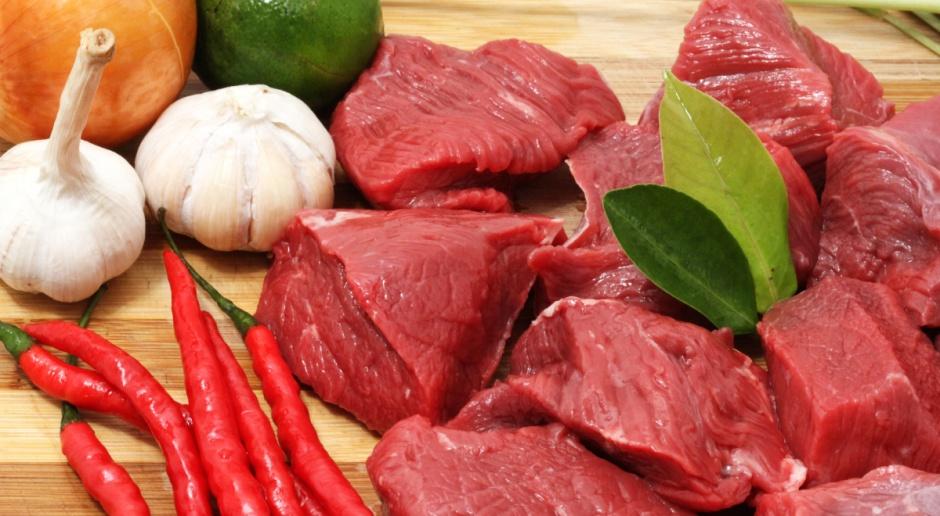 Importerzy ograniczają zakup mięsa z Brazylii lub z niego rezygnują