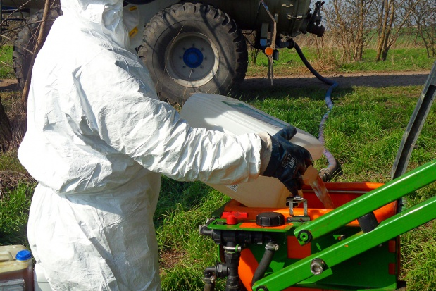 Herbicydy i retardanty a rozwój i plonowanie pszenicy ozimej