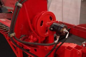 Zawieszenie na turze powoduje, że wszystko musi być napędzane hydraulicznie fot. GS