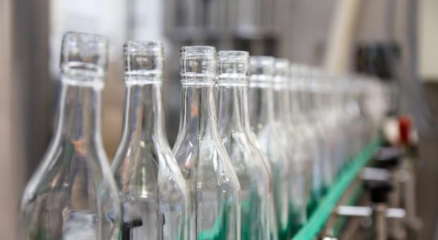 Szumowski: Branża spirytusowa chce zrównania akcyzy dla wszystkich rodzajów alkoholi