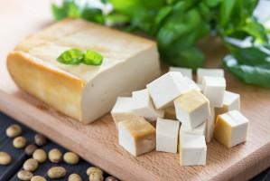 """Trybunał UE: Produktów wegańskich nie można sprzedawać jako """"mleka"""" czy """"masła"""""""