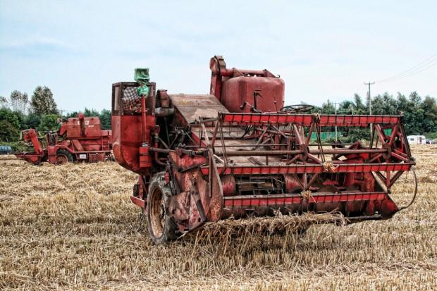 Rosja: Za mało maszyn i urządzeń rolniczych