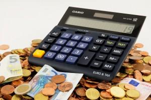 Zakup sprzętu rolniczego na terenie UE a rozliczenie VAT