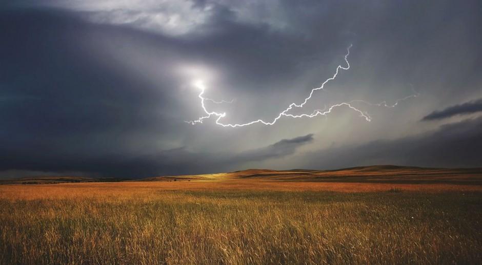 IMGW: Uwaga, burze prawie w całej Polsce