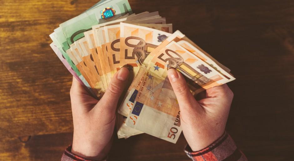 Rząd chce od 16.X wypłacać zaliczki rolnikom za '17, przeleje 2,4 mld euro