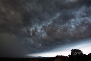 Ostrzeżenia przed burzami z gradem dla czterech województw