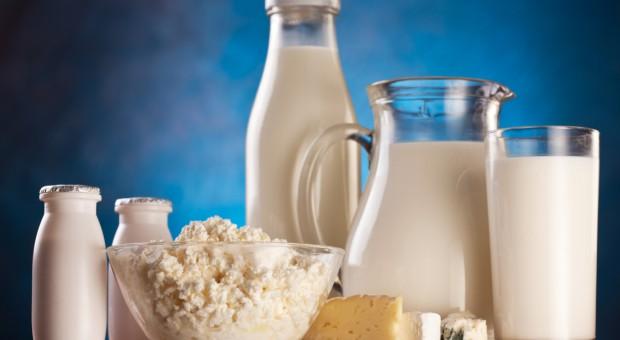 Światowy handel zagraniczny produktami mleczarskimi w ciągu pierwszych 7 miesięcy 2017 r.
