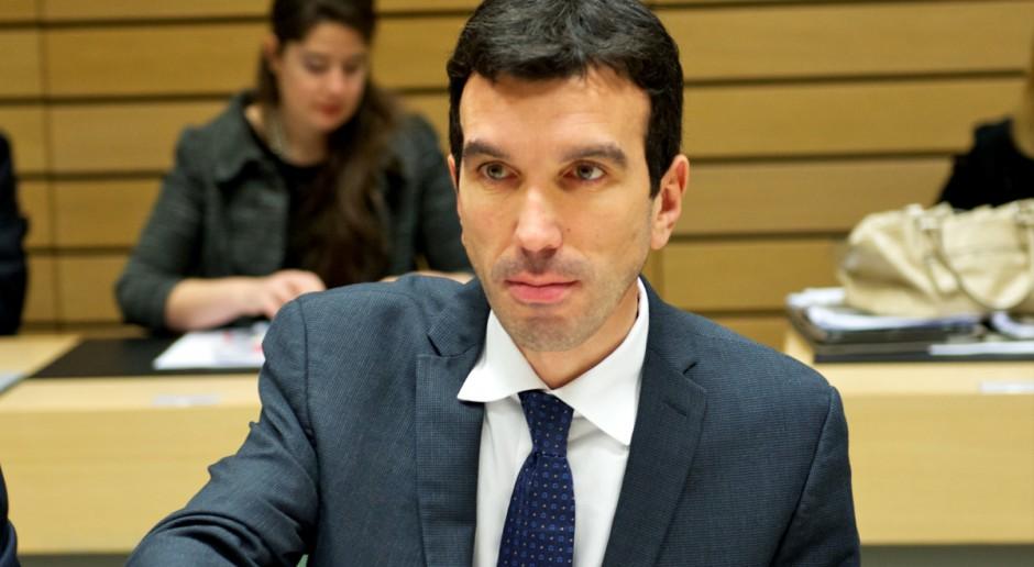 Włoski minister rolnictwa za zakazem stosowania w UE glifosatu
