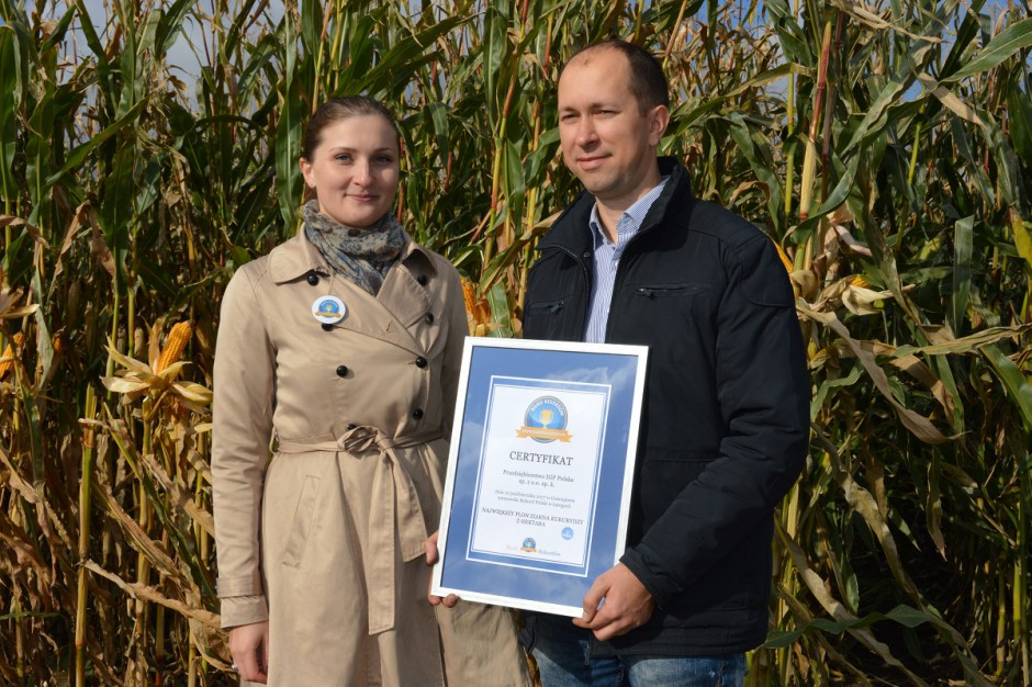 Sławomir Rybak z PRU Agrosystem sp. z o.o. odebrał certyfikat potwierdzający ustanowienie rekordu; Fot. Katarzyna Szulc