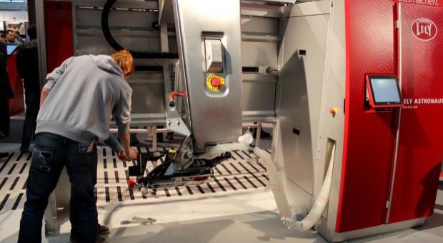Jedna czwarta holenderskich producentów mleka ma roboty udojowe