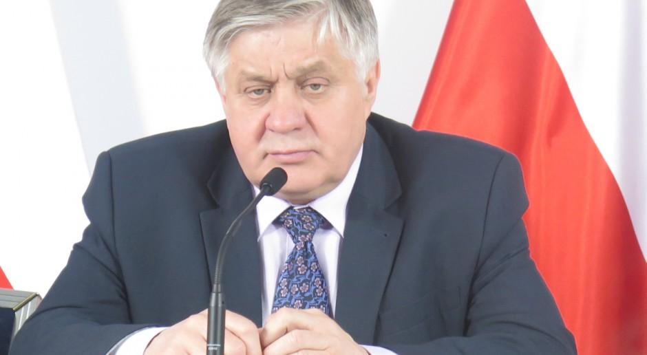 """Jurgiel: """"Pakt dla obszarów wiejskich"""" do końca roku"""