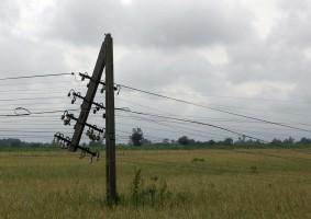 Wichury na Polską. Tysiące gospodarstw bez prądu, są ofiary śmiertelne i ranni