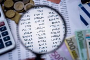 W budżecie na 2017 r. więcej na składki do organizacji, mniej na KRUS