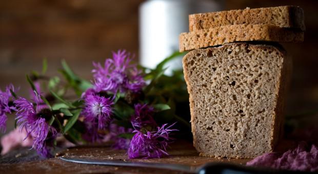 Chleb żytni z pieca na liście produktów tradycyjnych
