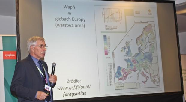 Prof. Grzebisz: W tym roku z ha wymyje się nawet 350 kg CaO