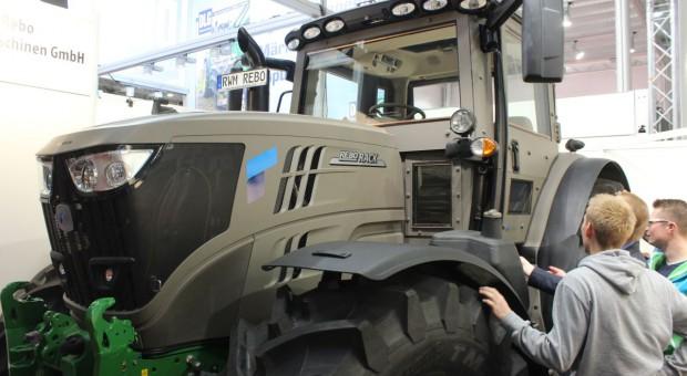Pancerny traktor