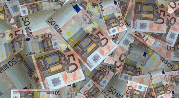 KE: 433 mln euro na refundacje dla rolników