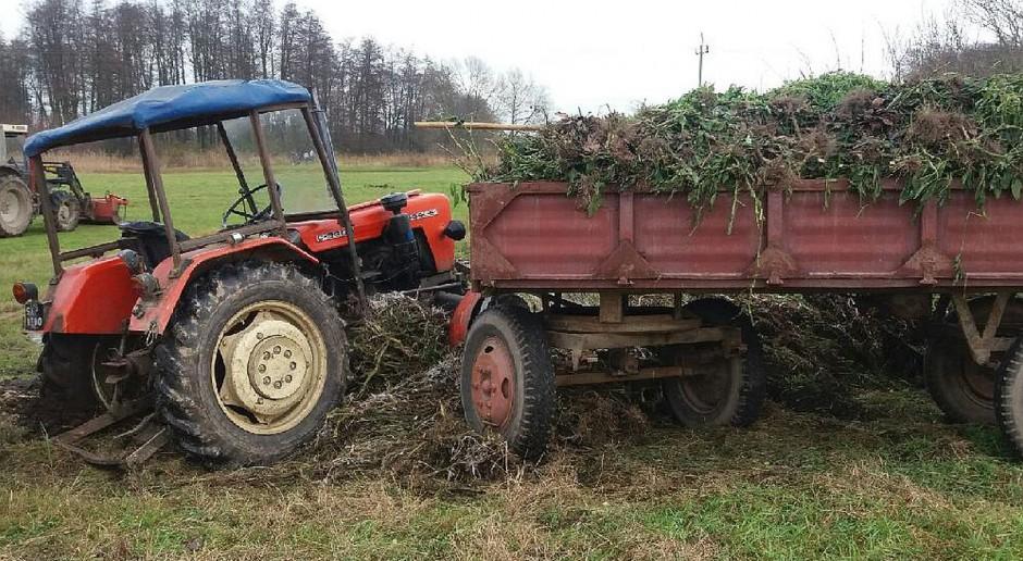 Rolnik zginął pod własnym traktorem
