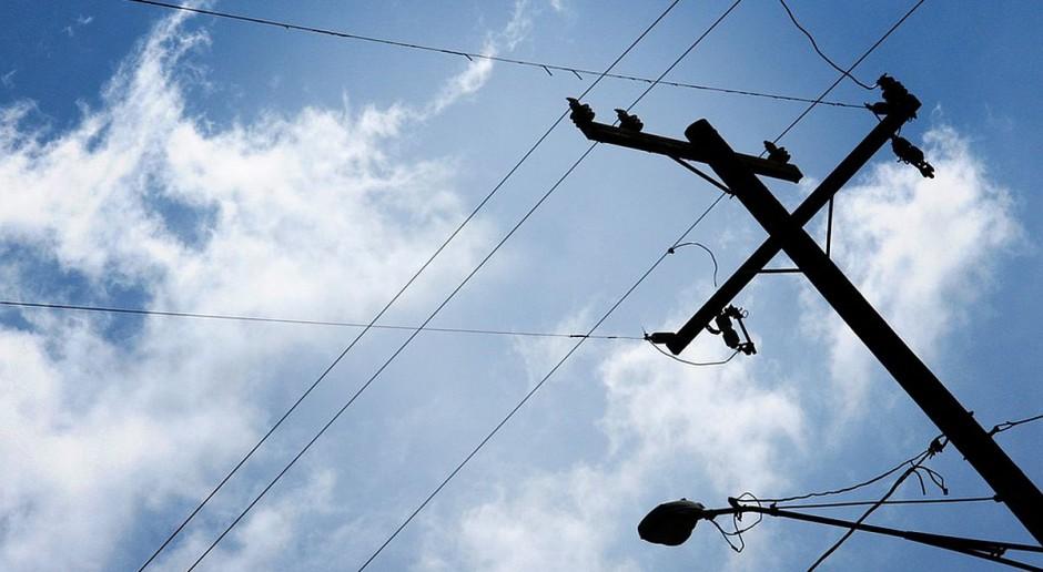 Wciąż kilka tysięcy domów pozbawionych prądu po śnieżycach