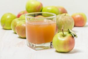 Jabłkowy deficyt wymusił import
